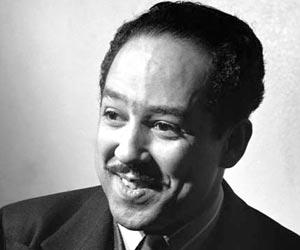 """analysis of share croppers by langston hughes """"dreams"""" by langston hughes is a two-stanza poem with an abcb rhyme scheme that highlights the value of """"dreams"""" by presenting two situations that revolve around the loss of those """"dreams."""